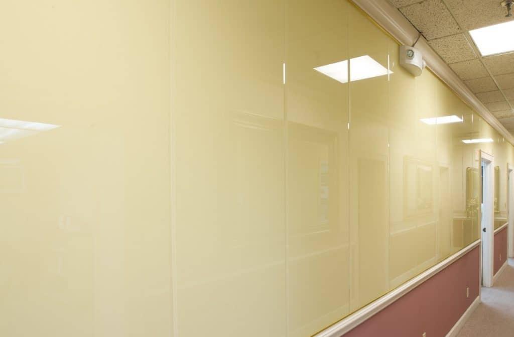 กระจกติดผนังกลุ่มสี ultra clear