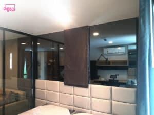 กระจกเงาสีตกแต่งห้องนอน
